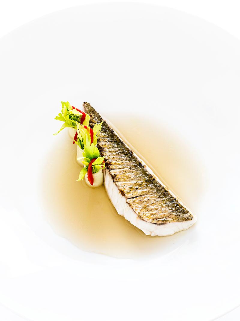 Beaux Yeux in a catfish fumet by Gérard Passédat © Richard Haughton