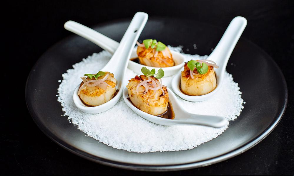 Australian scallops, onions © Eureka 89