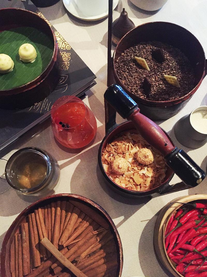 Thai cuisine in copenhagen the art of plating for Petit four cuisine